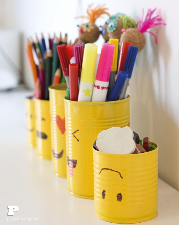 Painted tin can pencil holders
