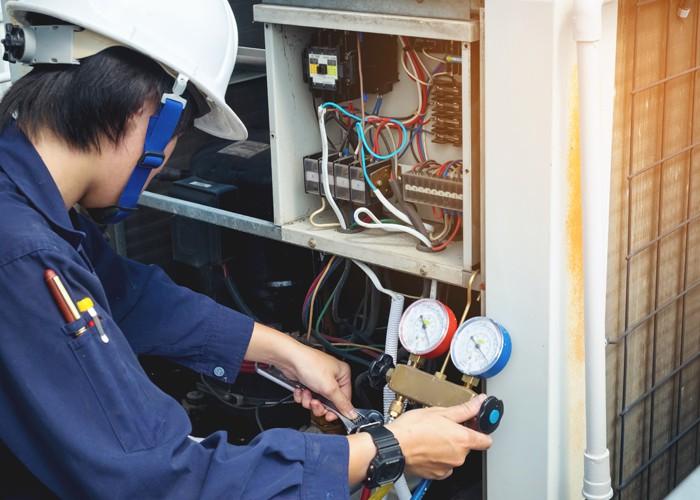 Hiring an HVAC Specialist3