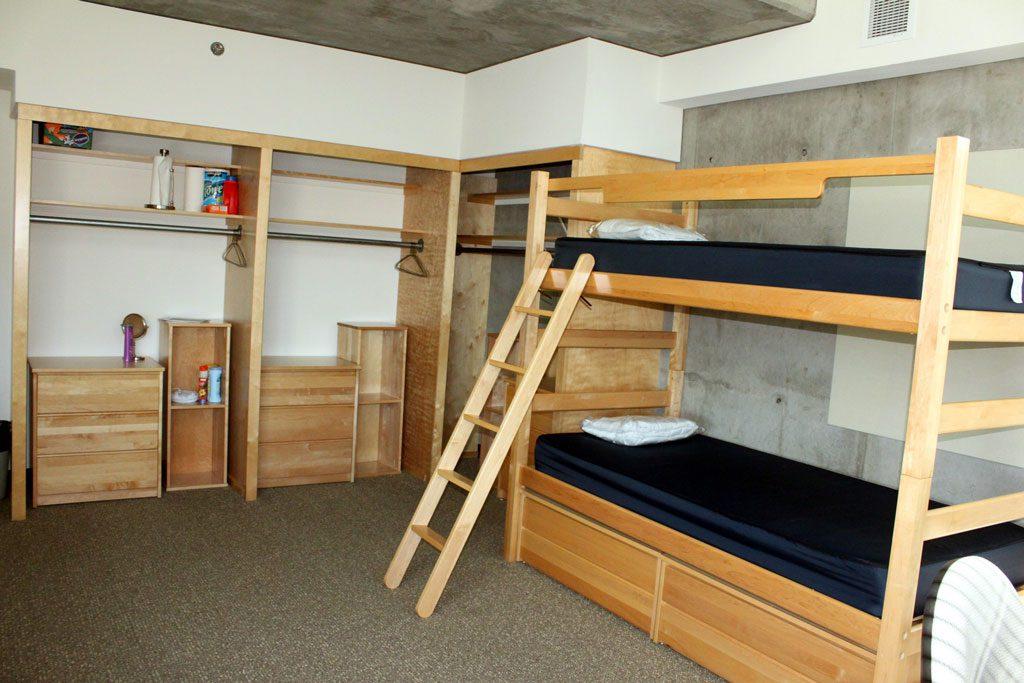 Space-saving-Loft-Dorm-Beds