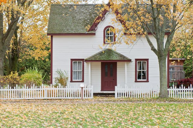 Turning an old historic cottage into cozy New Hampshire home